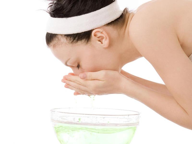 consejo 4 limpiar correctamente el maquillaje 6 consejos para prevenir el acne